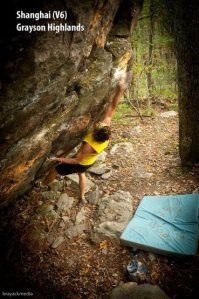 Steve Lovelace dyno-ing for a flapper on Shang-High Knight (V6).