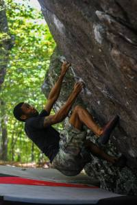 "Ronnie Black Jr on the start to ""Ranger Rick Sit""(V4)"